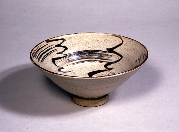 William Staite Murray, Vortex, c. 1926-9, Stoneware Bowl, H 8.3, D 19, © York Museums Trust (York Art Gallery)