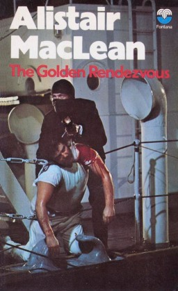 Cover of the 1971 Fontana paperback edition of The Golden Rendezvous
