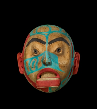 Female mask with labret, c.1820-1830, Carved alder wood mask (©The Trustees of the British Museum)