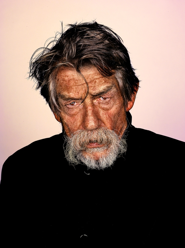 John Hurt © Mr Elbank