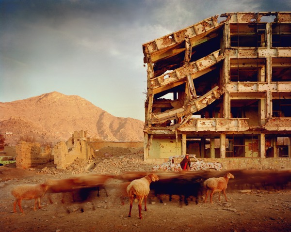 Simon Norfolk, Bullet-scarred apartment building, 2003. © Simon Norfolk