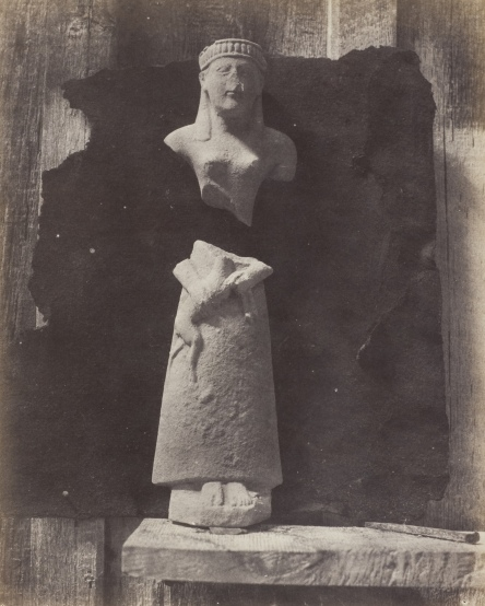 Auguste Salzmann, Statuette en Calcaire; Type Chypriot 1858-1865 © Wilson Centre for Photography