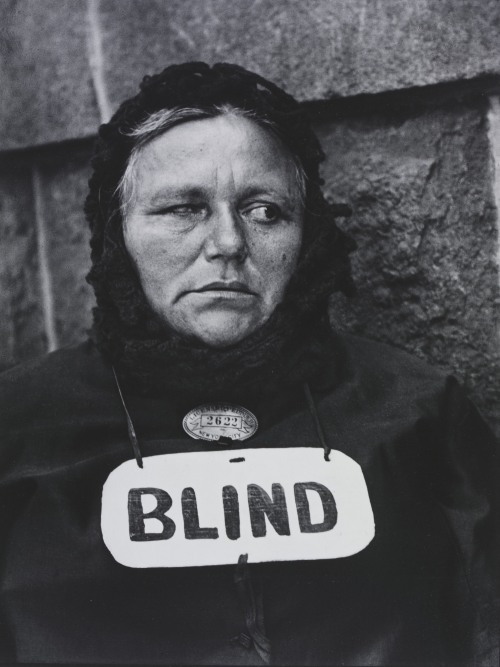 Blind Woman, New York by Paul Strand (1916) © Paul Strand Archive, Aperture Foundation