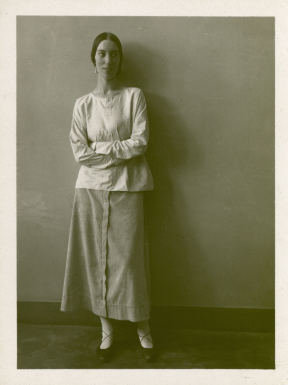 Photo of Winifred Knights