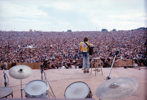 15 Aug 1969 --- John Sebastian performs at the Woodstock Music & Art Fair in Bethel, New York (Max Yasgur's 600-acre farm) on Friday, August 15, 1969. --- Image by © Henry Diltz/Corbis