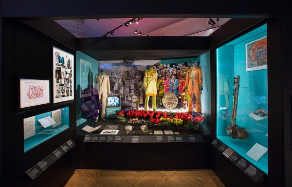 Sergeant Pepper's Lonely Hearts Club Band display case. Photo © Victoria and Albert Museum, London