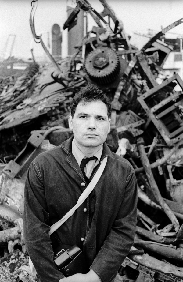 Eduardo Paolozzi at the Shipbreakers' Yard, Hamburg (c. 1962) Photo: Ulrich Mack © Ulrich Mack
