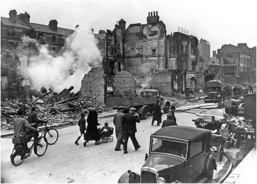 London 1940 - seat of a socialist revolution?