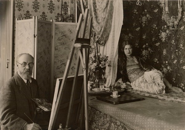 Photograph of Matisse painting the model Zita at 1 Place Charles-Félix, Nice, 1928