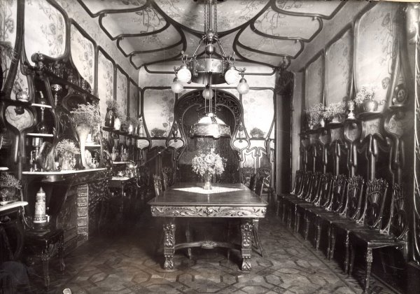 Art Nouveau dining room at the Casa Requena