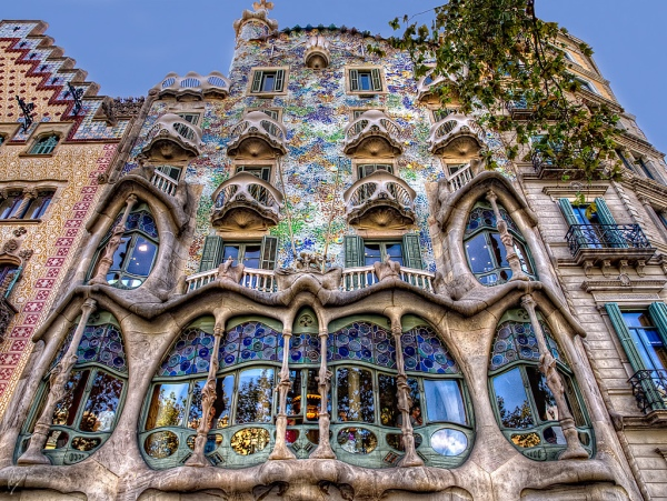 Casa Batllo, Barcelona by Gaudi (1904)