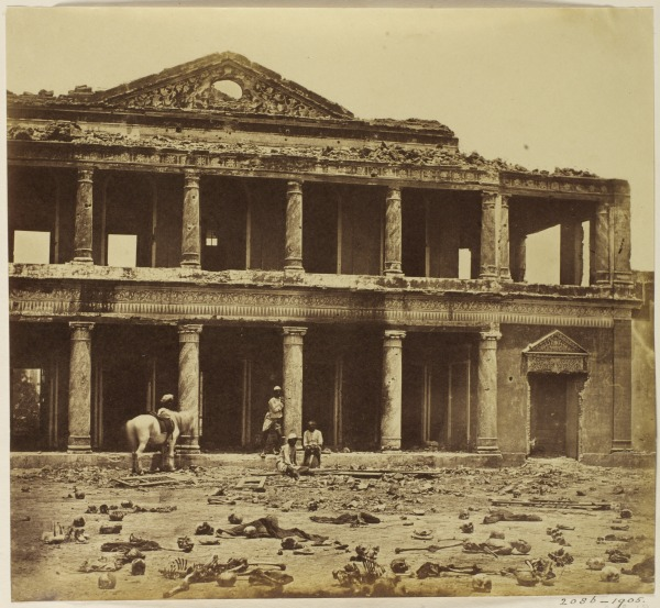 Bara Imambara after the Indian Mutiny, Lucknow, India (1858) Felice Beato © Victoria and Albert Museum, London