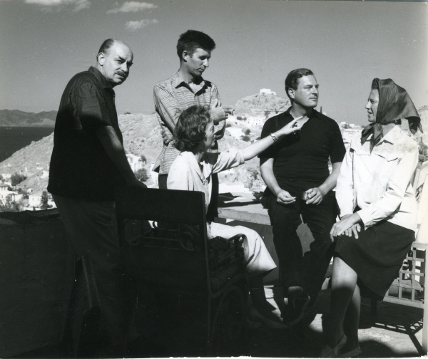 Nikos and Barbara Ghika, John Craxton, Patrick and Joan Leigh Fermor on the terrace of the Ghika house, Hydra 1958. Photo: Roloff Beny © Library and Archives Canada