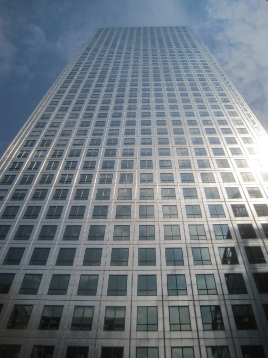 One Canada Square, Canary Wharf by me