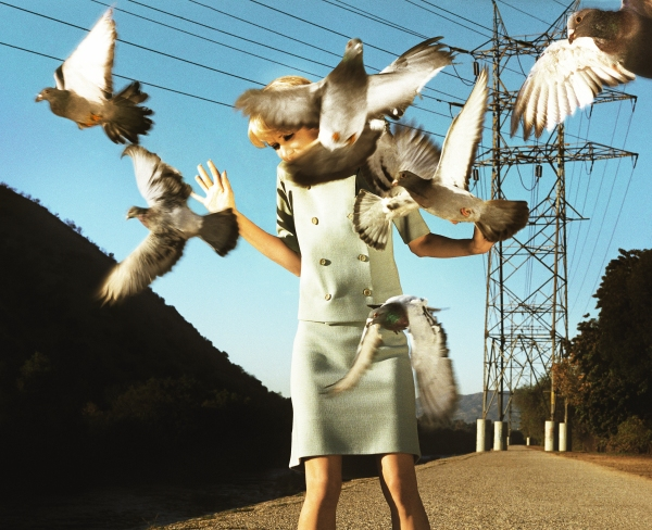 The Big Valley: Eve (2008) © Alex Prager Studio and Lehmann Maupin, New York and Hong Kong. Courtesy Alex Prager Studio, Lehmann Maupin, New York and Hong Kong