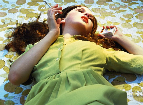 The Big Valley: Desiree (2008) © Alex Prager Studio and Lehmann Maupin, New York and Hong Kong. Courtesy Alex Prager Studio, Lehmann Maupin, New York and Hong Kong