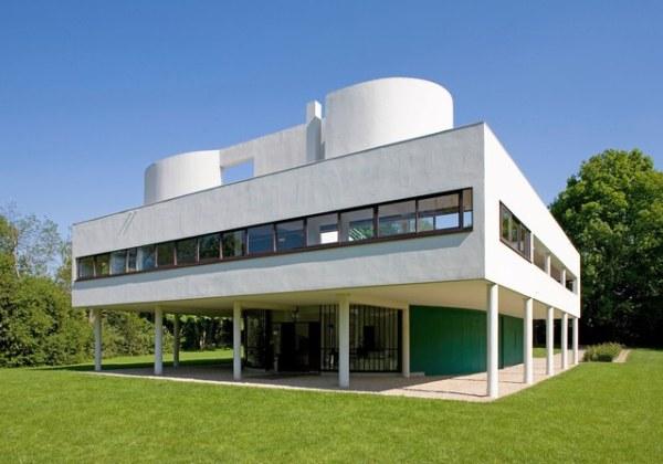 Villa Savoye, Poissy, France (1931) designed by Le Corbusier