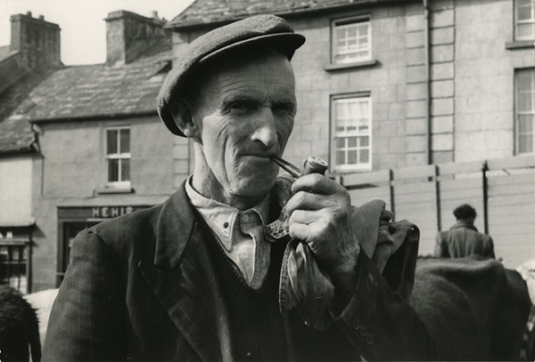 Ennistymon fair, County Clare Ireland (1954) by Dorothea Lange © The Dorothea Lange Collection, the Oakland Museum of California