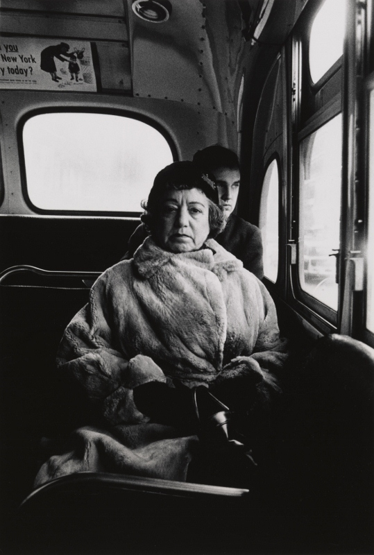 Lady on a bus, New York City (1957) Courtesy The Metropolitan Museum of Art, New York © The Estate of Diane Arbus, LLC. All Rights Reserved
