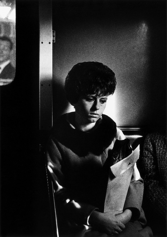 Elevated in Brooklyn, New York City, 1963 by Dave Heath © Dave Heath / Courtesy of Howard Greenberg Gallery, New York, and Stephen Bulger Gallery, Toronto