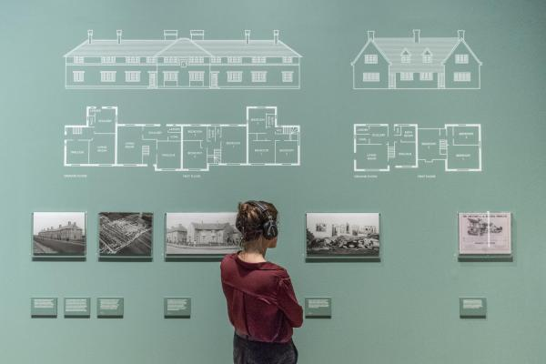 Installation view of Renewal: Life after the First World War in photographs © IWM