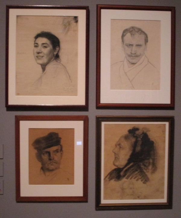 Four portraits by Harald Sohlberg. Photo by the author